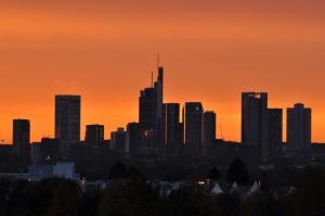 raststaette-taunusblick_skyline_ffm_04.11.2014_012