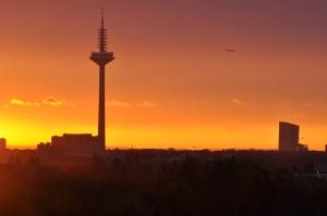 raststaette-taunusblick_skyline_ffm_04.11.2014_031