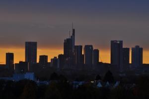 raststaette-taunusblick_skyline_ffm_04.11.2014_037